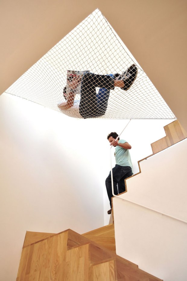 hammock-over-stairs