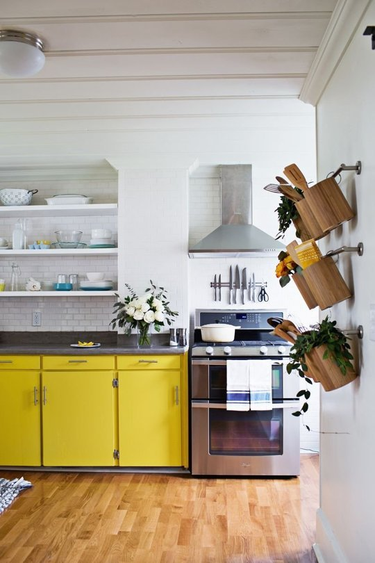 yellow-cabinets