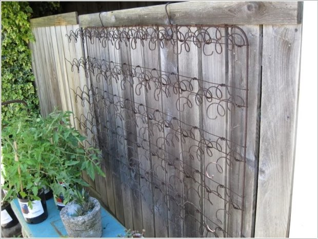 10-easy-yet-beautiful-diy-garden-trellis-projects-8
