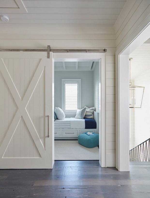 shiplap-and-barn-door