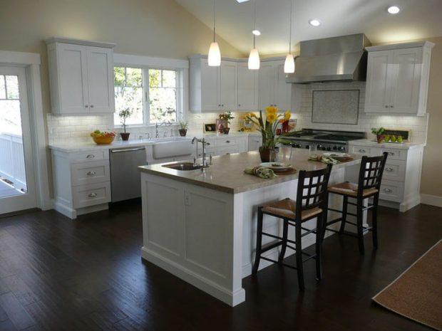 white-kitchen1-750x563